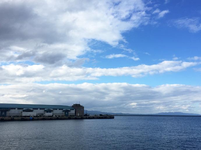 青森港の風景